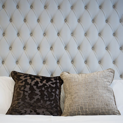 rooms-details-headboard